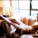 Hilarie Burton - 454 x 292