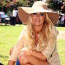 Pamela Anderson Helps Walk Dogs At The New Orleans Art Museum, August 2, 2010