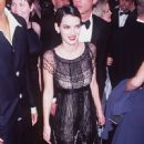 Winona Ryder At The 69th Annual Academy Awards (1997) - 450 x 724