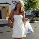 Jamie-Lynn Spears - Shopping In LA - August 12, 2007