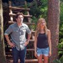 "Jennifer Aniston's ""Wanderlust"" Trailer: Watch Now! - 454 x 395"