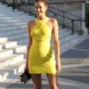 Irina Shayk Versace Fashion Show In Paris