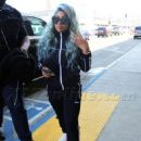 Blac Chyna at LAX Airport in Los Angeles, California - September 2, 2017 - 454 x 642
