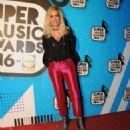 Anna Vissi- Super Music Awards 2016 - 454 x 577