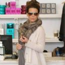 Kate Beckinsale: shopping in L.A