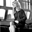 Judy Geeson - 454 x 554