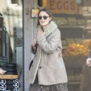 Keira Knightley – Shopping candids in London