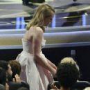 Elisabeth Moss : 69th Annual Primetime Emmy Awards - 454 x 290