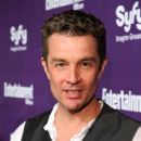Actor James Marsters attends the EW and SyFy party during Comic-Con 2010 at Hotel Solamar on July 24, 2010 in San Diego, California - 414 x 594