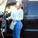 Amber Rose and Kat Von D have lunch at Urth Caffe in West Hollywood, California - February 10, 2014 - 404 x 594