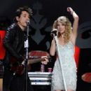 Taylor Swift and John Mayer - 454 x 311