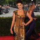 Jessica Pare: 2012 Met Gala Glamor