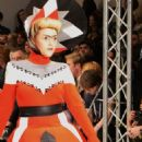 Modelling the catwalk for Pam Hogg AW2012 - 454 x 716