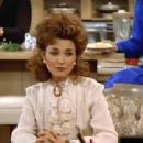 Designing Women - Annie Potts - 454 x 340