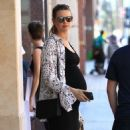 Behati Prinsloo is seen at the doctor's office in Beverly Hills, California on August 2, 2016 - 454 x 593