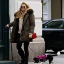 Rachel Hilbert with her dog out in New York City - 454 x 538
