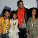 The Smiths Family at The Premiere of Never Say Never (February 8)