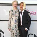 Nicole Kidman and Keith Urban : 2017 ACM Awards - 366 x 600