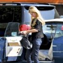 Mischa Barton - Stops By Starbucks In Beverly Hills, 2010-09-22