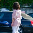 Selena Gomez – Shopping in Los Angeles