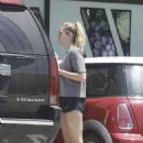 Miley Cyrus – Grocery shopping at a organic local store in Malibu