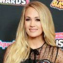 Carrie Underwood – 2018 Radio Disney Music Awards in Hollywood - 454 x 681