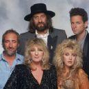 Mick Fleetwood - 320 x 240