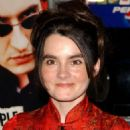 Shirley Henderson - 24 Hour Party People Premiere - August 1, 2002 - 454 x 685
