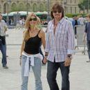 Richie Sambora & Denise Richards in Paris - 394 x 594