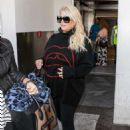 Jessica Simpson – Arrives at LAX Airport in LA - 454 x 636