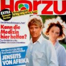 Meryl Streep and Robert Redford - Hörzu Magazine Cover [Germany] (22 May 1992)