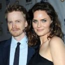 Emily Deschanel and David Hornsby - 454 x 340
