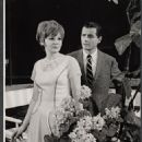 On a Clear Day You Can See Forever Original 1965 Broadway Cast Starring Barbara Harris - 454 x 557