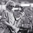 Mike Mills - 288 x 432