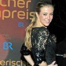 Nina Eichinger - '32. Bayerischer Filmpreis', 14.01.2011 - 454 x 831