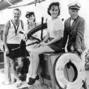 Franklyn Ardell, Norma Shearer, Paulette Goddard and Charles Chaplin aboard Joseph Schenck's yacht off Catalina Island - 454 x 368