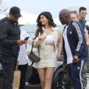 Kylie Jenner – Heads to lunch in Malibu - 454 x 581
