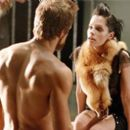 Ryan Reynolds (left) as Hannibal King and Parker Posey (right) as Danica Talos.