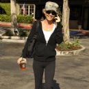 Kelly Carlson Out & About In LA, November 9 2009