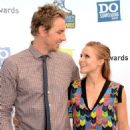 Kristen Bell with Dax Shepard at the 2012 Do Something Awards (August 19) - 454 x 649