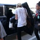Paris Jackson at Los Angeles International Airport - 454 x 632