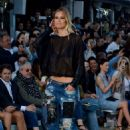 Bar Refaeli Replay Ss 2016 Fashion Show In Mykonos