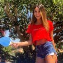 Madison Reed in Bikini – Social Pics - 454 x 568