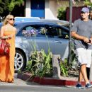 Jessica Simpson Pays A Surprise Visit To Tony Romo, 2008-07-29 - 454 x 370