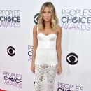Renee Bargh attends The 41st Annual People's Choice Awards at Nokia Theatre LA Live on January 7, 2015 in Los Angeles, California - 388 x 594