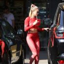 Hailey Baldwin – Morning workout in Hollywood