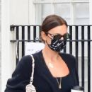 Irina Shayk – Looks chic in an all-black in New York