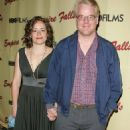Mimi O'Donnell and Philip Seymour Hoffman - 454 x 706