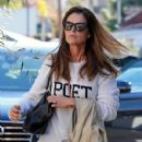 Maria Shriver spends time out and about in Brentwood, California on January 08, 2016 - 429 x 600