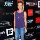 Kendra Wilkinson – 'Sharknado 5: Global Swarming' Premiere in Las Vegas